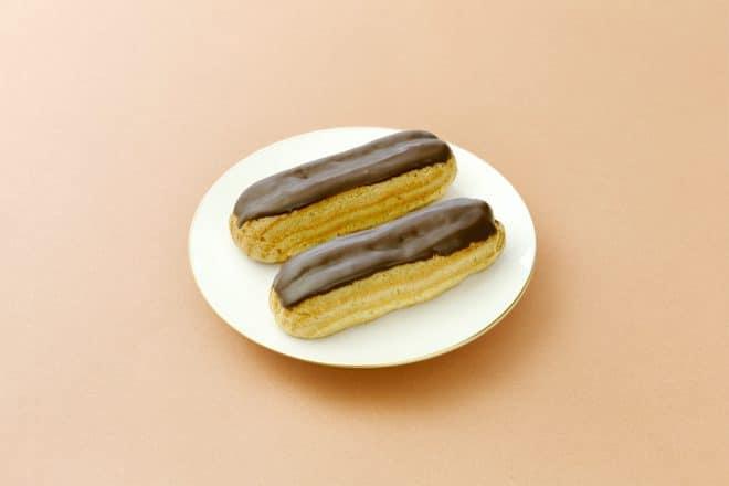 チョコレートのエクレア